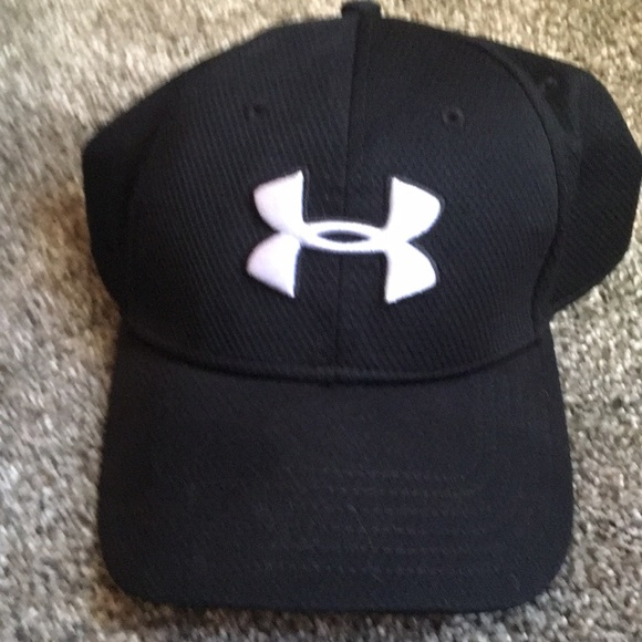 8cad0148 Under Armour Black Baseball Style Hat Size L/XL